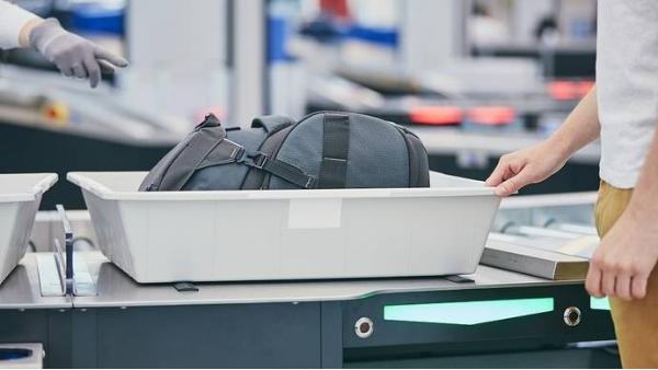 进博会使用新型x光安检机进行检测提高效率