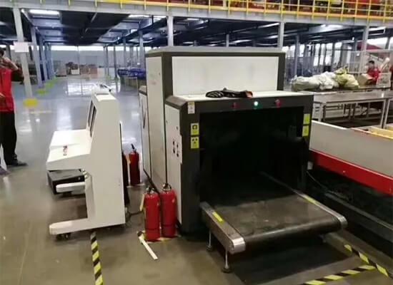 货检X光机在快递公司的使用